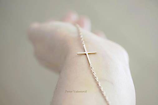PetoValentovic / Náhrdelník krížik z ružového zlata