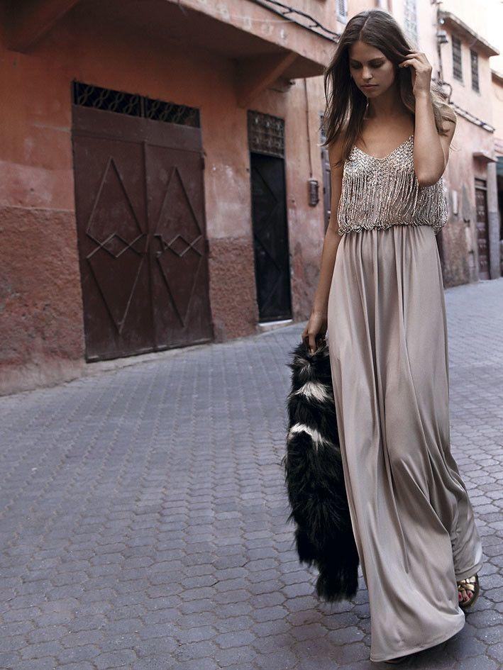 3e478bdd7 Conviértete en la invitada con más estilo: vestidos largos para ...
