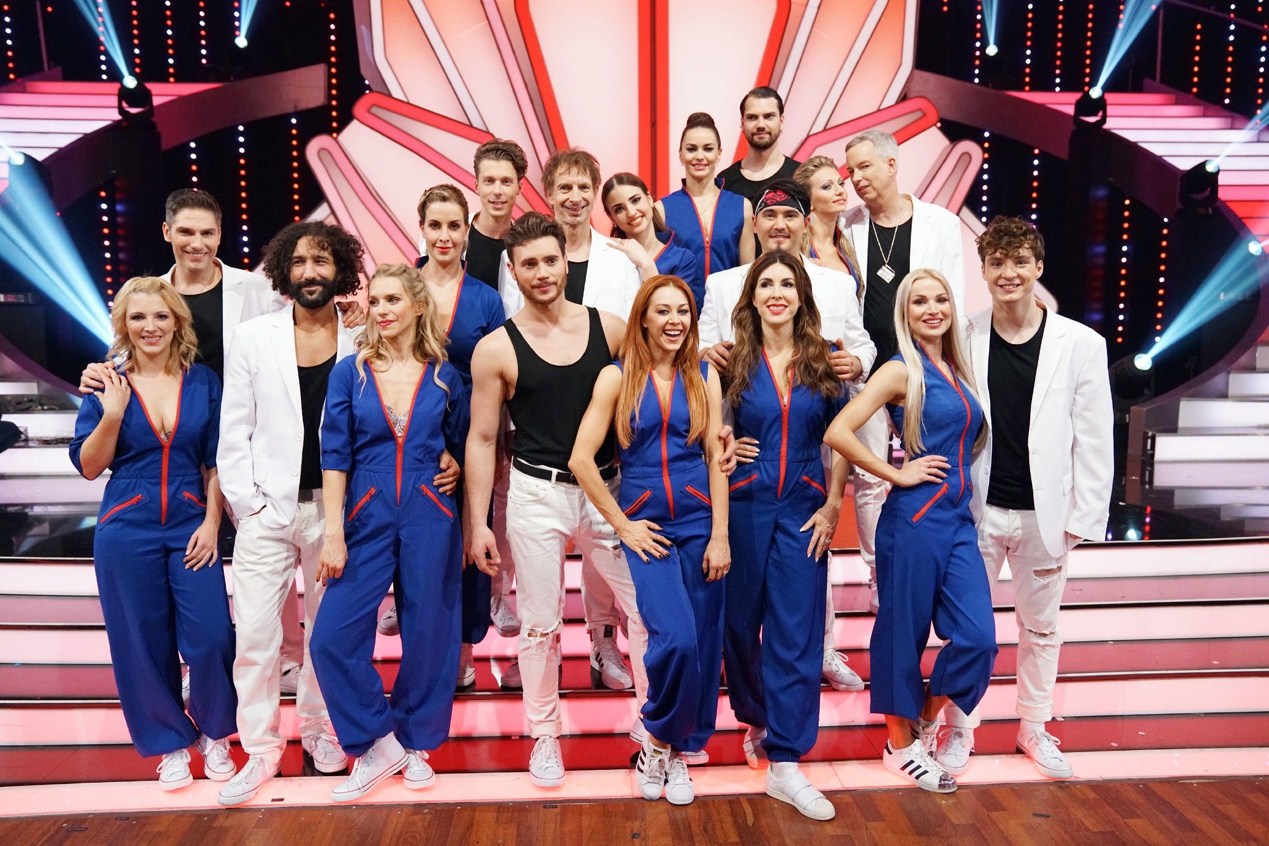 Let S Dance 2018 Das Sind Die Tanze Im 2000er Special Bei Rtl Let S Dance Let S Dance Tanzen