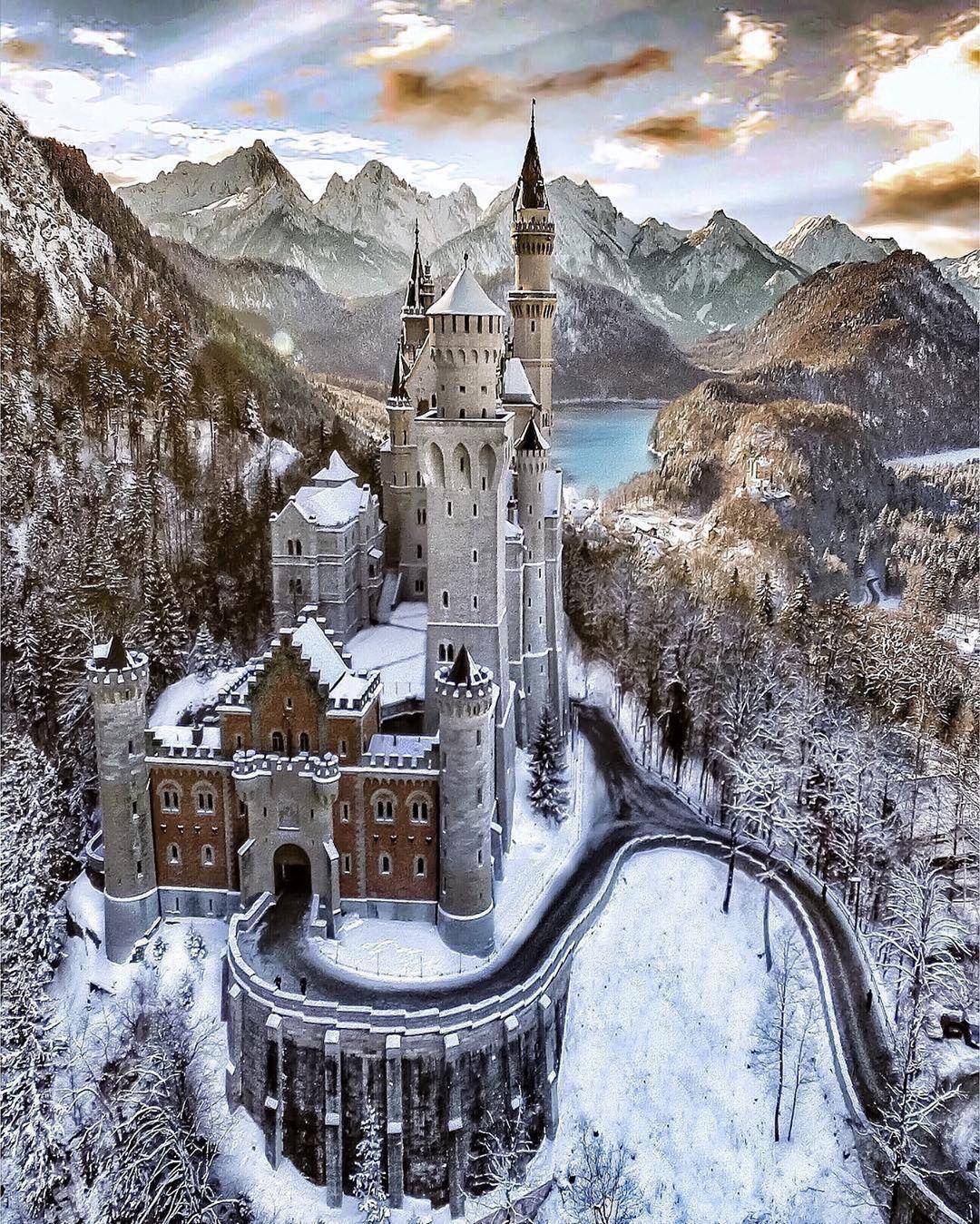 Nature On Instagram Fairytale Castle Schloss Neuschwanstein Bavaria Germany Photo By Alaa Oth Neuschwanstein Castle Germany Castles Beautiful Castles