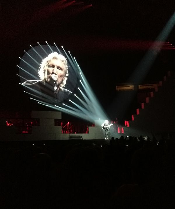 The Wall concert - Seattle. Shot with an iPhone. Stage LightingLighting ... & The Wall concert - Seattle. Shot with an iPhone. | Photography ...