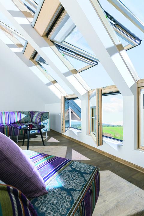 Pivot Roof Window Fp V Preselect Avec Images Combles