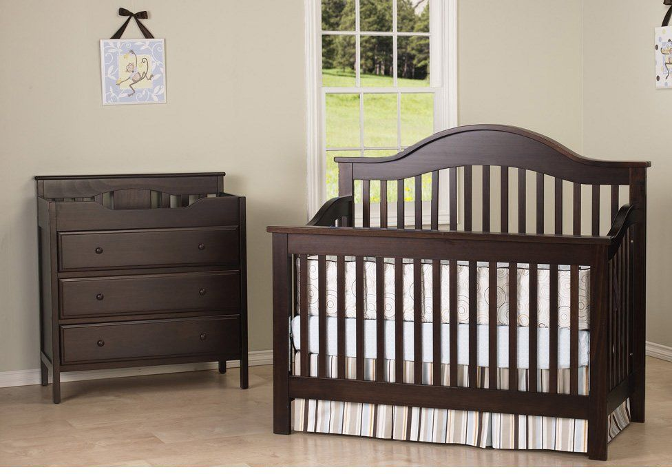 Davinci Jayden Set   Crib U0026 Changing Table   Espresso #diaperscomnursery