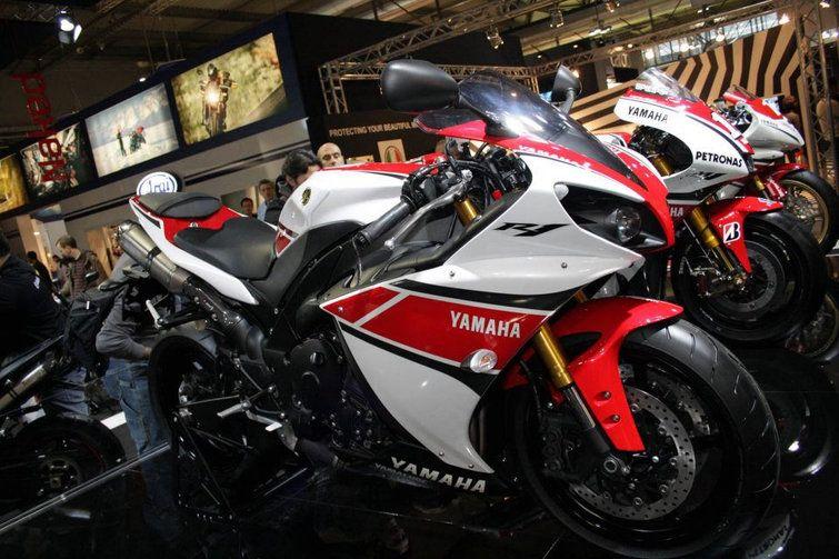 Suzuki convoca recall de motos - http://bit.ly/1umWSAl  #Setores, #ÚltimasNotícias - #Brasil, #CorrenteDeTransmissão, #Motos, #Recall, #Serviço, #Suzuki