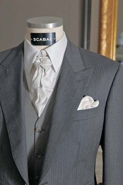 <p>Dinner suits, morning coats, riding jackets, 3-piece suits, silk waistcoats, etc. Scabal has an extensive range of tailor-made outfits for ceremonies. Black or white tie, tuxedo or tailcoat, tie or bow tie, single or double breasted waistcoasts for the most dressed up occasions including full-dress and double cuff shirts, white dinner jackets and waistbands.</p><p>Scabal is often commissioned to produce classic, modern or highly original wedding suits. It offers an exclusive section of...