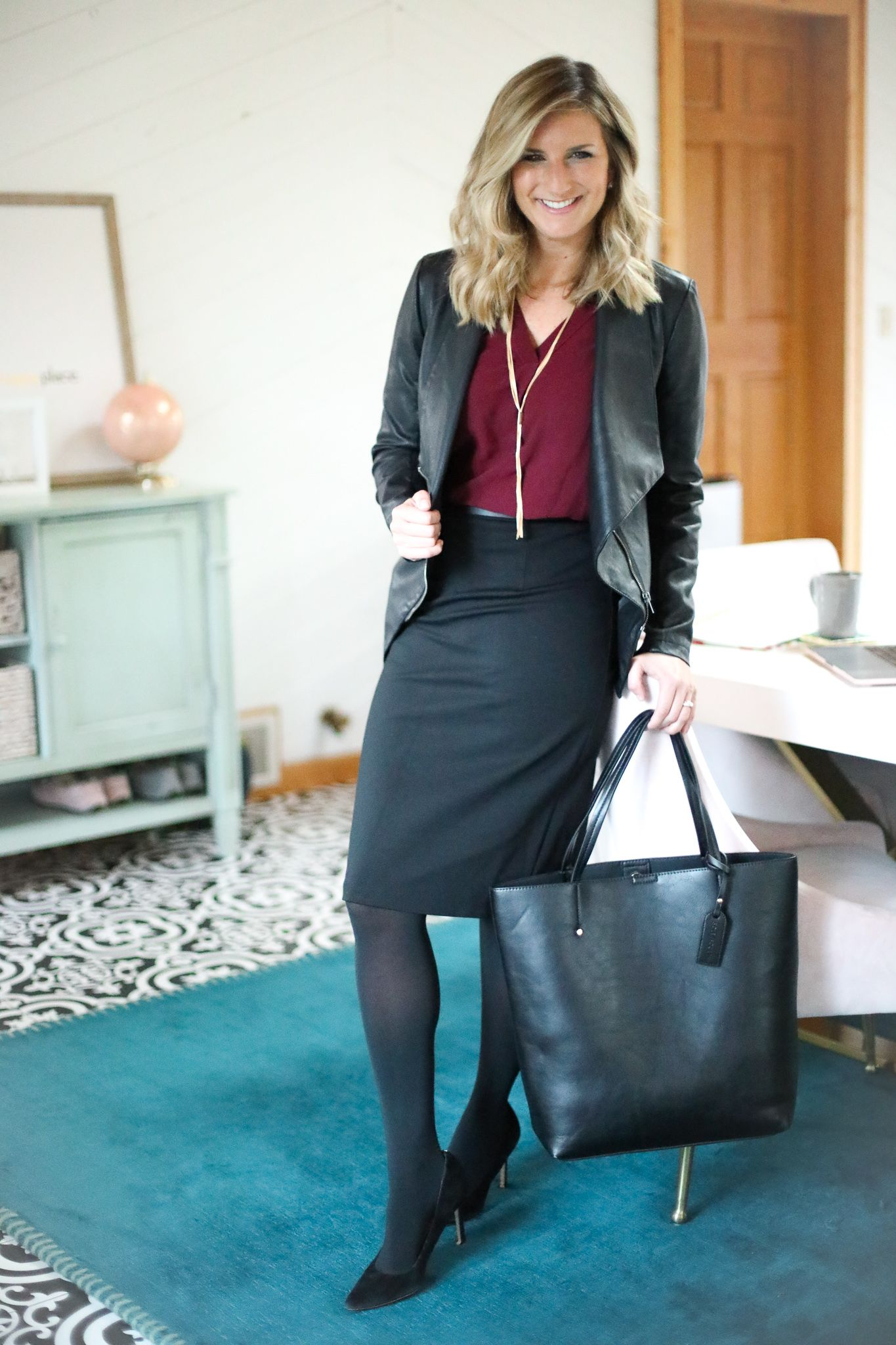 598f12a7bfe How to rock a faux leather jacket 3 ways! It's my favorite layering piece  for fall and winter and instantly makes any outfit look just that much  cooler!