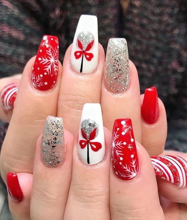 54 Festive Christmas Nail Art Ideas Winter Nail Art Ideas Winter Nail Art Christmas Nail Art De Christmas Nail Designs Christmas Nails Coffin Nails Designs