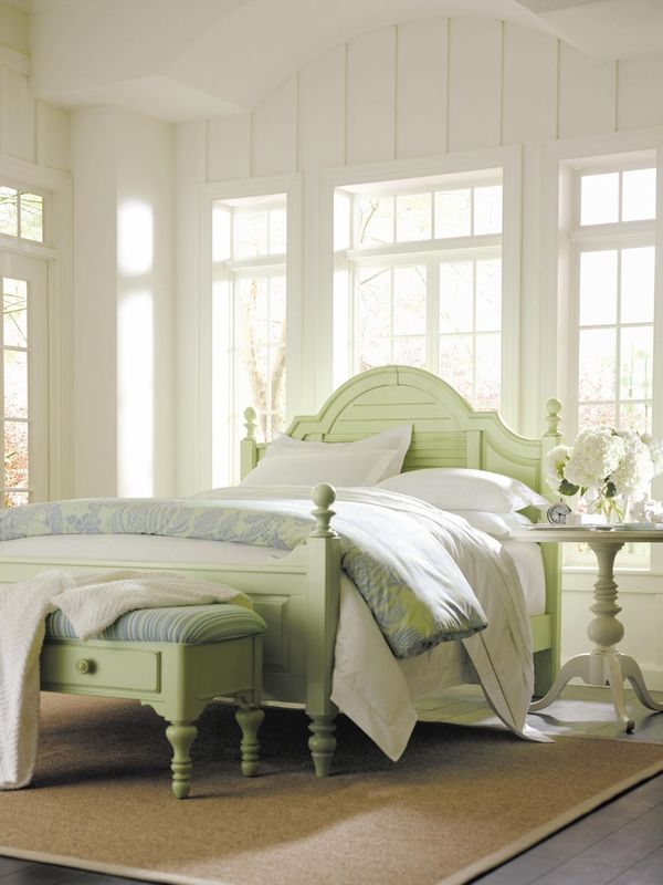 Love The Beachy Style Of This Colorful Bed Comes In