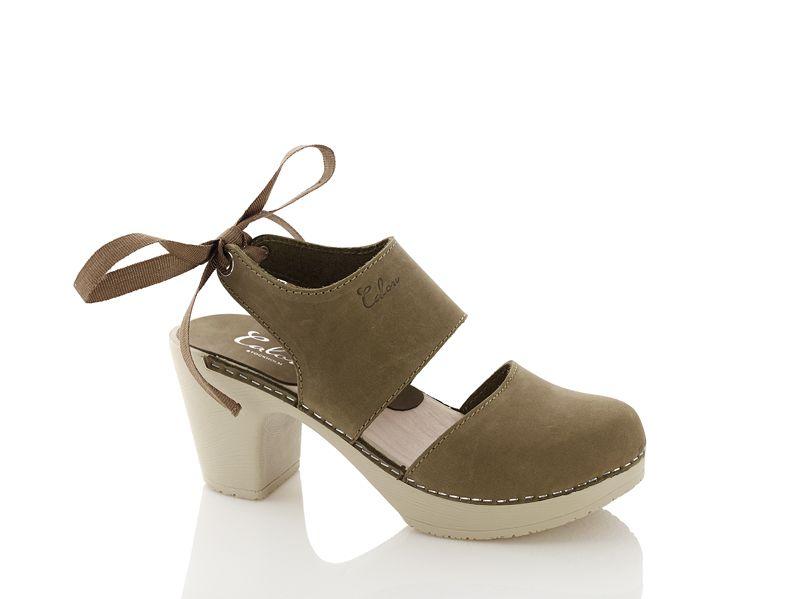 Träskor med klack Blanca olivgrön Calou   Zapatos 2017, Zapatos