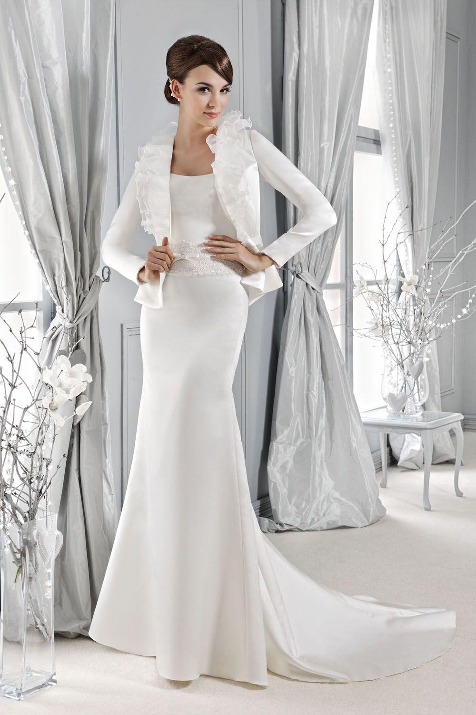 Brautkleid mit passender Jacke aus der Agnes by Mode de Pol ...
