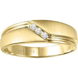 Keepsake Men S Gallant Diamond Accent 10kt Yellow Gold Wedding