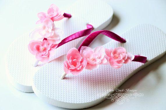 d5850257ead28 Bridesmaid Flip Flops BRIDAL Flip Flops por Glamtouchboutique
