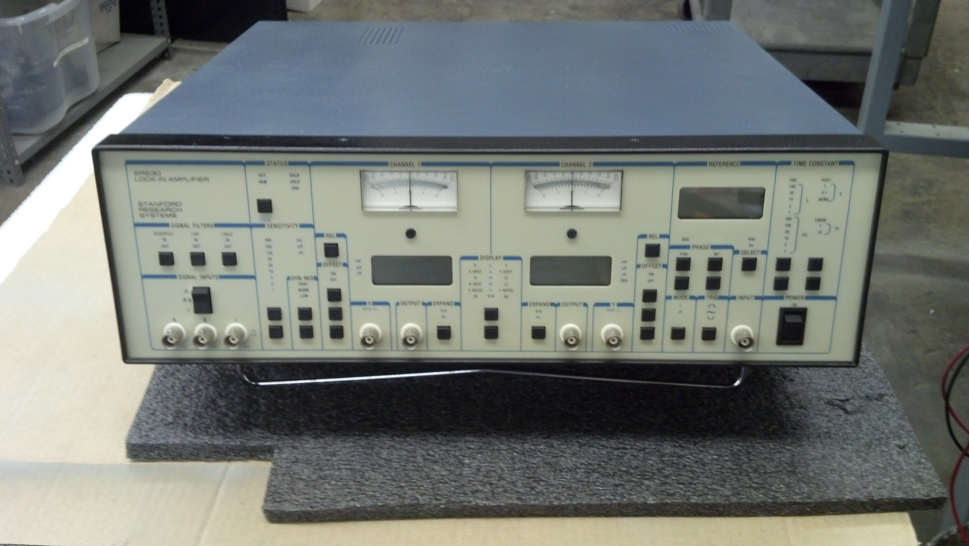Stanford Research Systems Srs Sr530 Dual Phase Lock In Amplifier Lockin Amplifierj 5hz To 100 Khz
