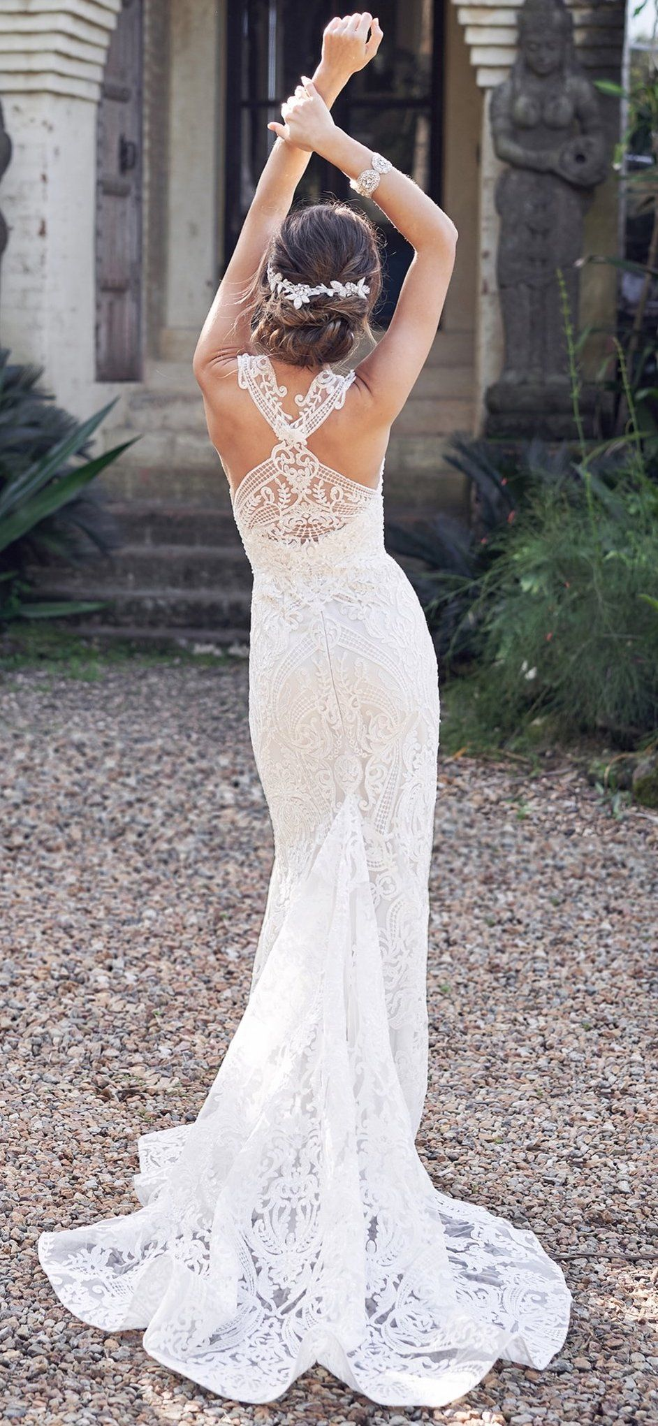 Back detail wedding dress  Wedding Dress by Anna Campbell Bridal  Breathtakingly unique back