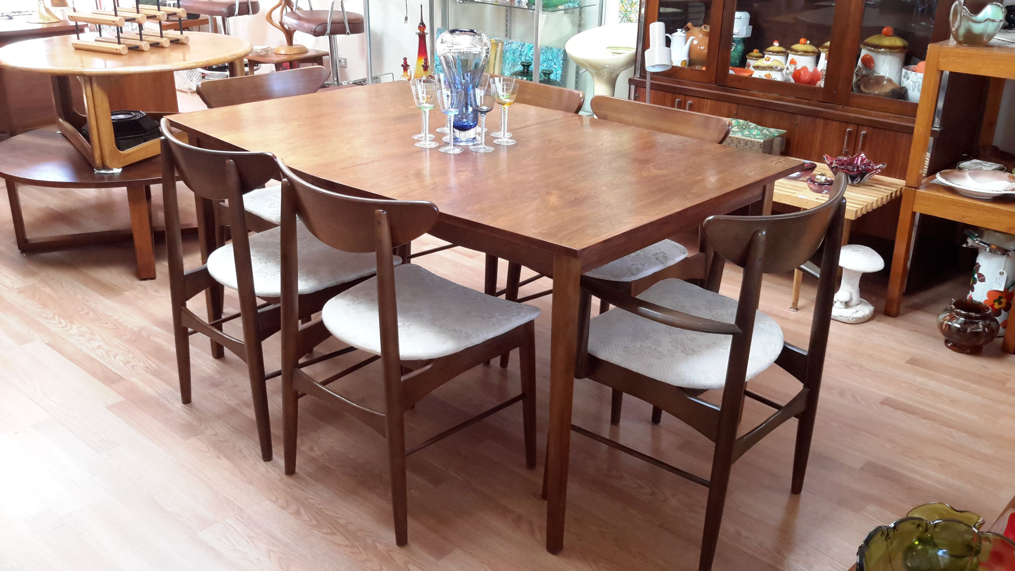 Mcm Stanley Furniture Dining Table And 6 Boomerang Chairs Mod