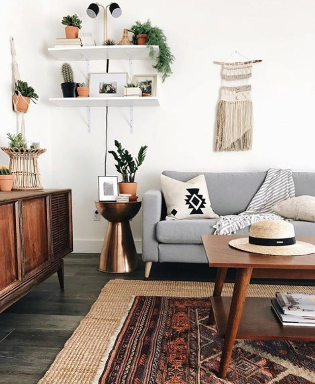 Boho Meets Southwestern in This Uplifting Living Room Design images