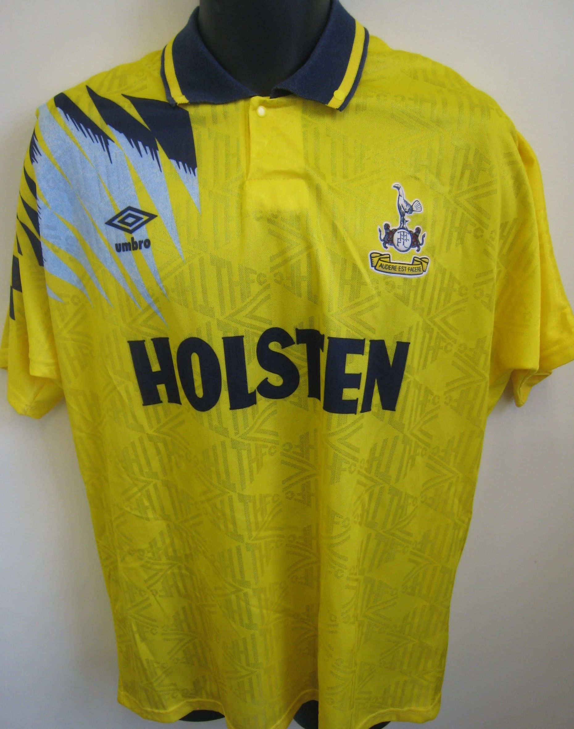 d371c87728b4 Vtg 90s Spurs away shirt by Umbro | Jersey | Retro football shirts ...