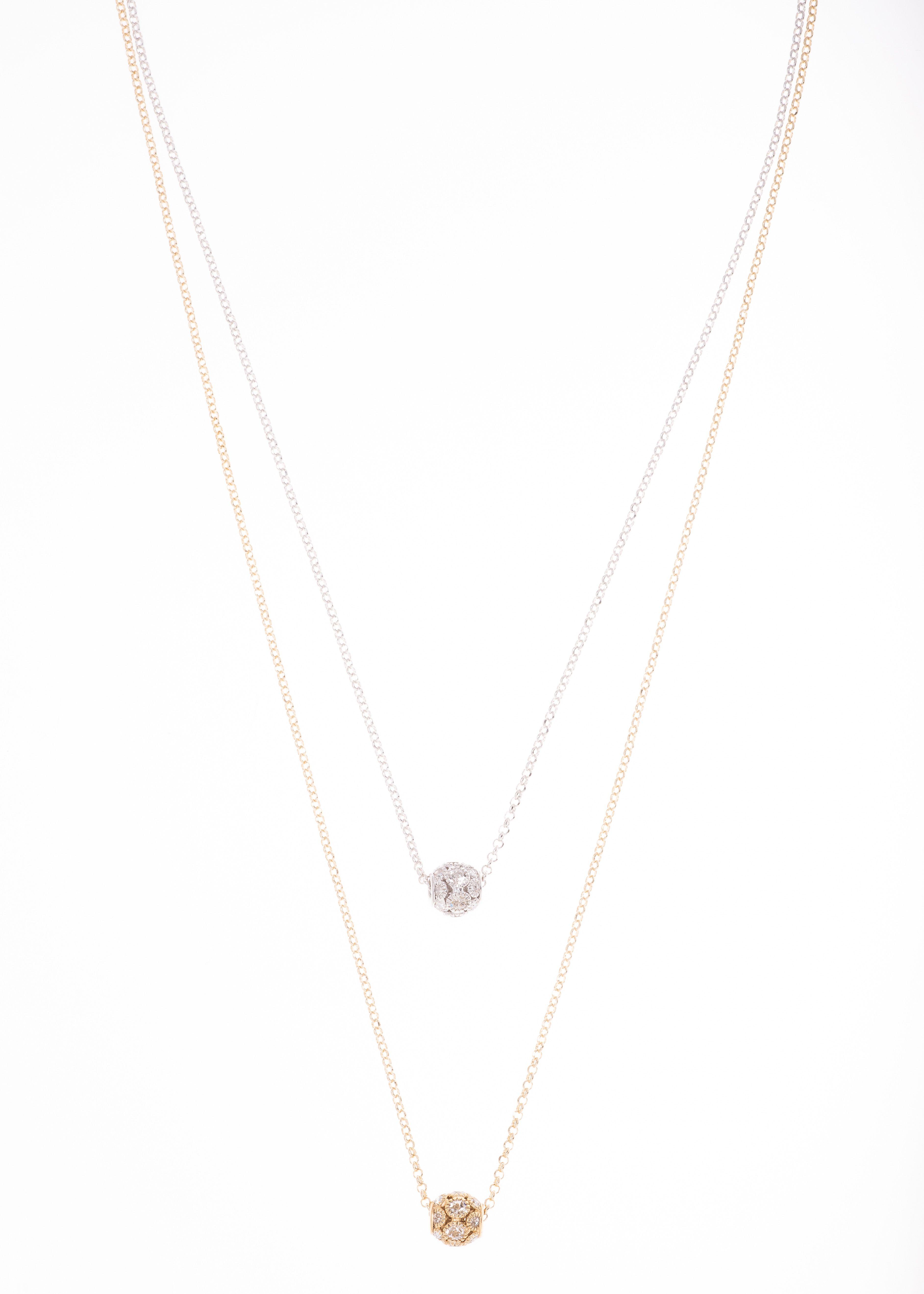 Collar De 70cm De Largo En Bano De Oro Y Rodio Con Piedra Color
