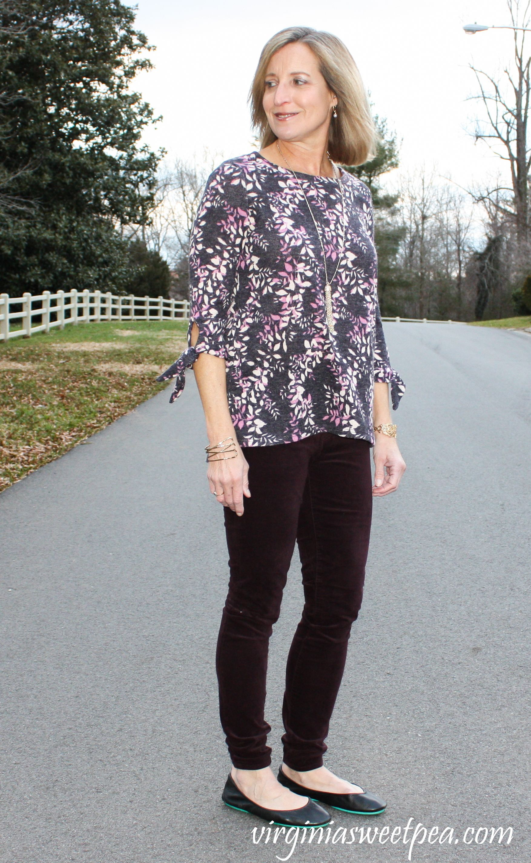 52551bb99e0b Stitch Fix Review for January 2019 - Kut From the Kloth Krissy Velveteen  Skinny Pant with Kaileigh Natia Tie Sleeve Brushed Knit Top