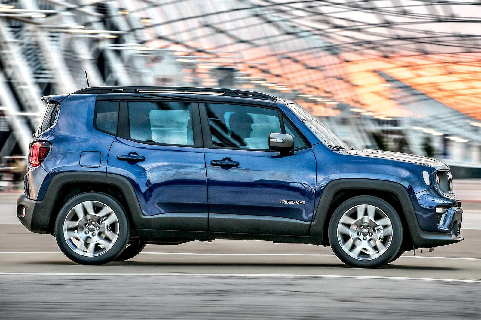 Jeep Renegade Limited A Nova Estrela Da Fca Jeep Renegade Suv Jeep