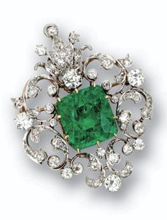 Belle Époque Emerald and Diamond Brooch / Pendant.
