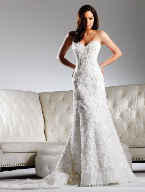 Ivory Lace Fit And Flare Wedding Dress With Sweetheart Neckline David Tutera By Faviana