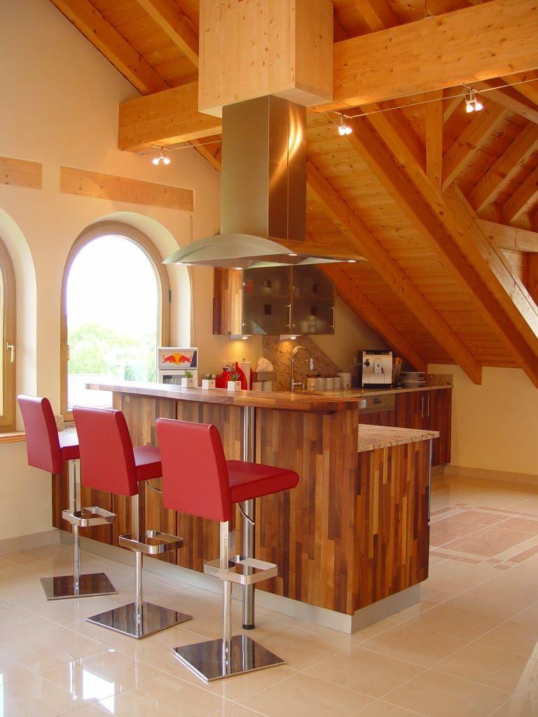 Massivholzküche in nussbaum mit insel ausgefallene küchen