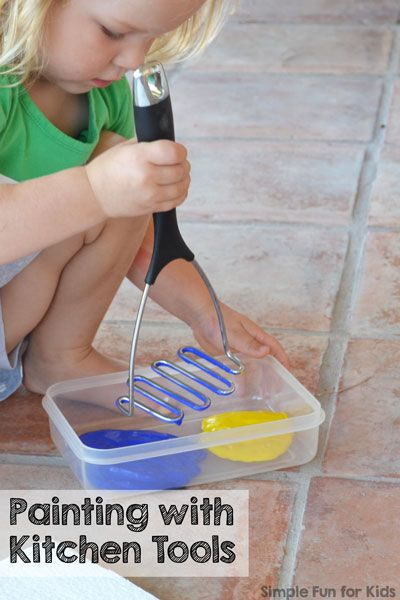Super simple art activity without paintbrushes, perfect for toddlers and even…