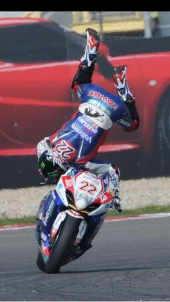 Alex Lowes Going Over The Highside Alex Lowe Racing Bikes Eddie Lawson