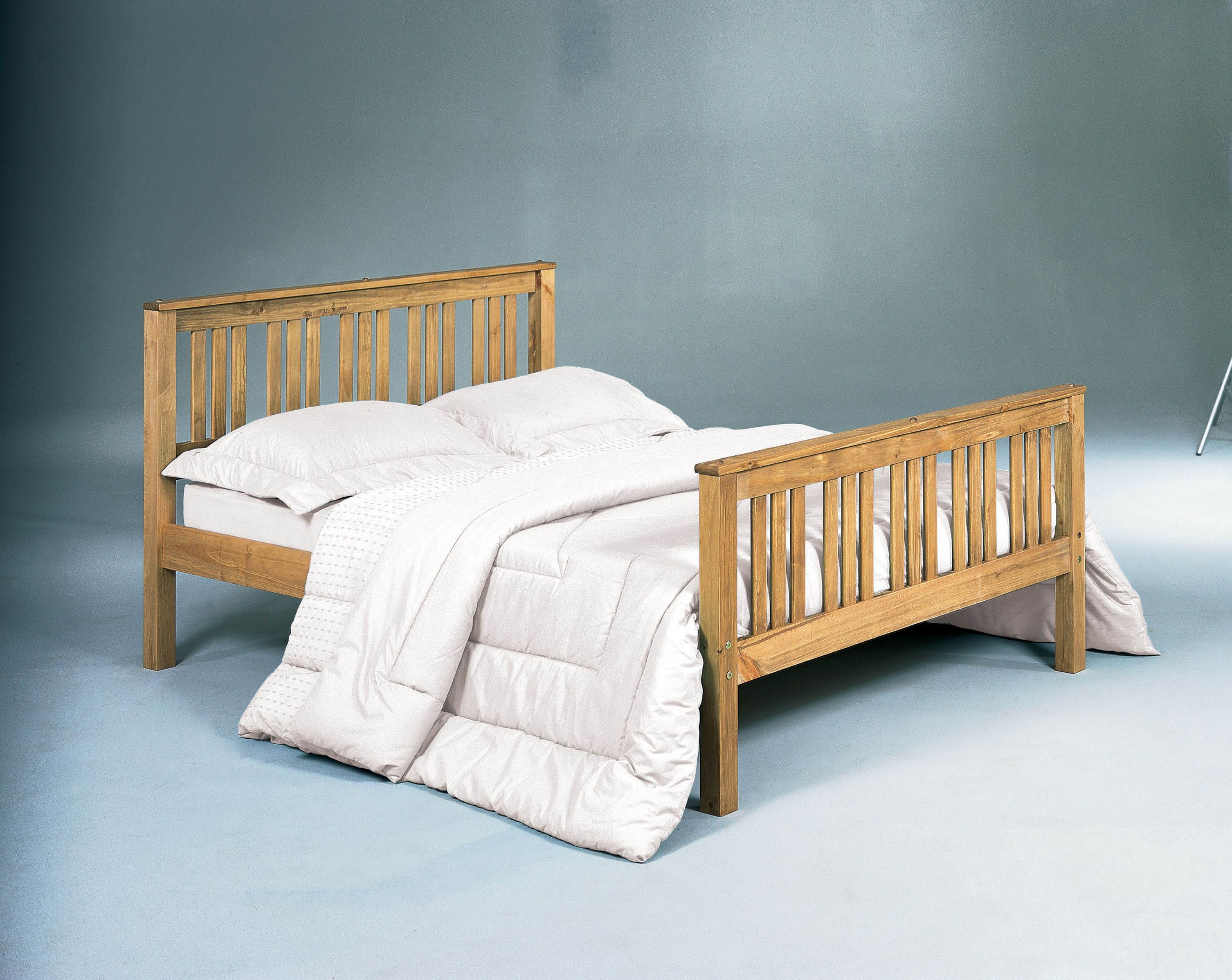 Shaker Antique Wax Finish Solid Pine Shaker Style Bed Available