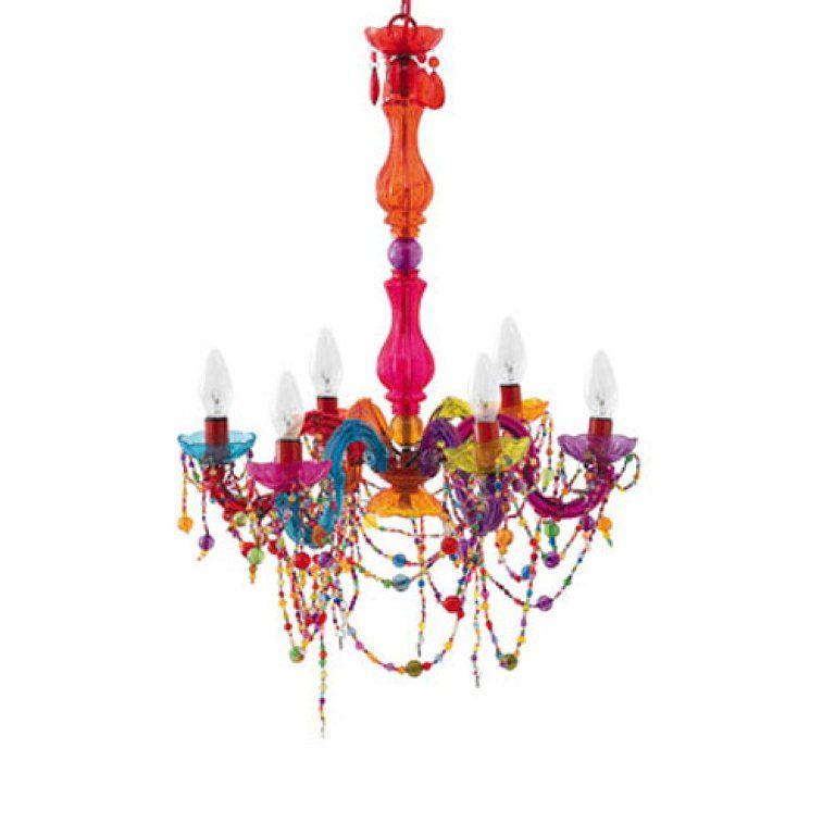 Busco una lampara de techo araña con lágrimas de cristal de colores ...