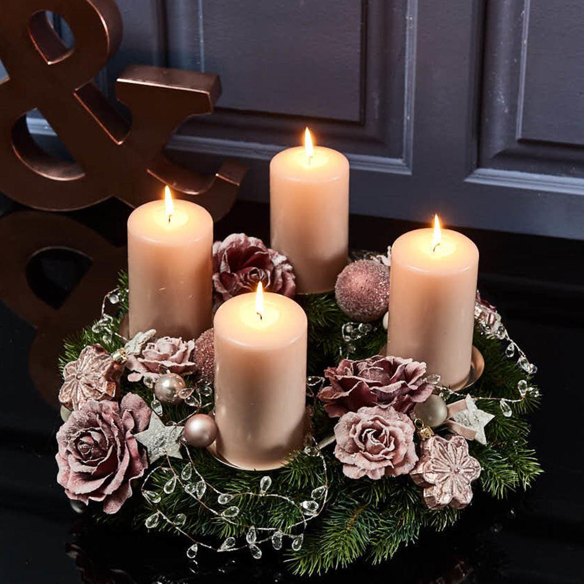 Adventskranz Tender Rose,   Deko weihnachten adventskranz, Deko ...