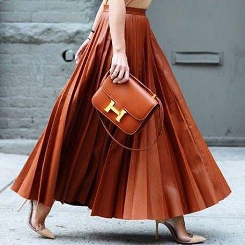 Timeless#style #styling #stylish #street #streetstyle #fashion #fashionable #cool #instamood #instafashion #woman #women #womensfashion #womensstyle #moda #shoes #loveit #streetlook #sexy #tagsforlikes #followme #luxury #luksmoda #luksstil #luxurystyle #luxuryfashion #dress #skirt #photooftheday #love
