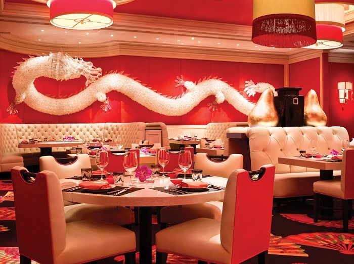 Best Chinese Restaurants Interior With Dragon Ornament In