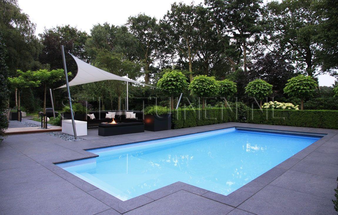 Tuinontwerp modern met zwembad outdoor living pinterest tuinontwerp moderne tuinen en tuin for Modern zwembad