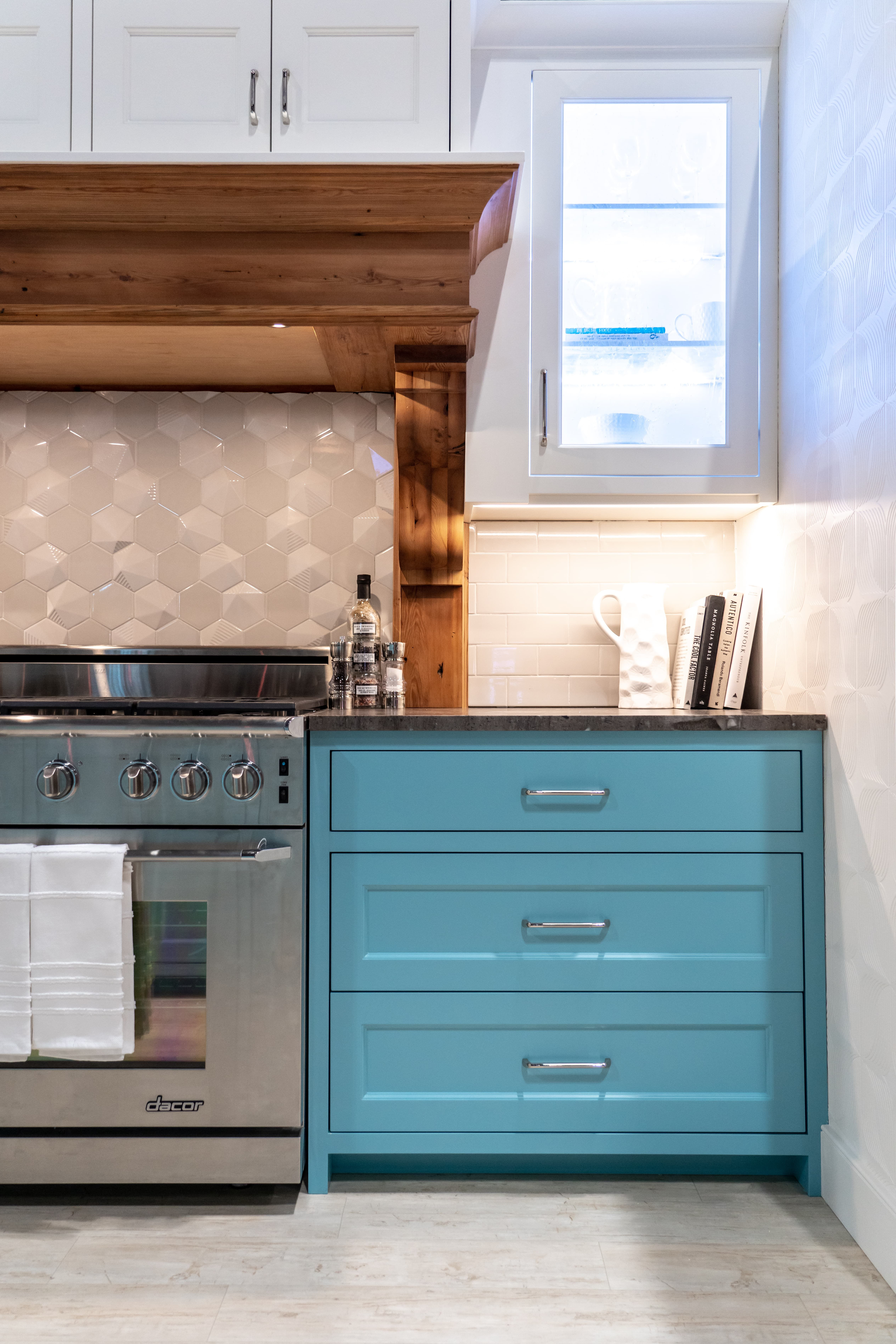 A Vibrant Color Under The Soapstone With White Uppers Looks Pretty Good Kitchen Renovation Kitchen Cabinets Kitchen Remodel