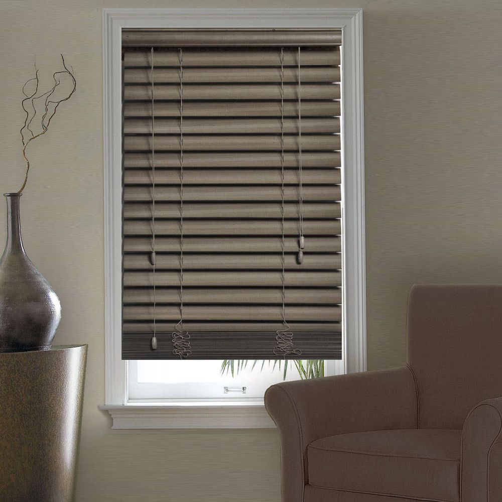 Accessories Casual Living Room Decoration With Window Along Wooden Roman Blind And