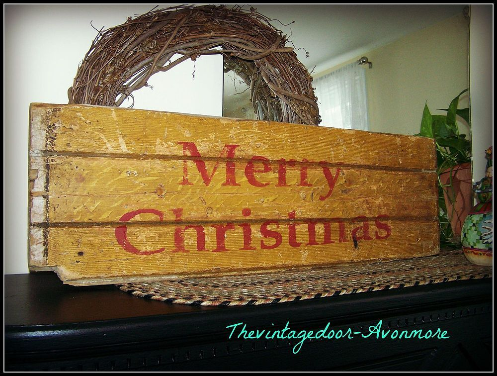 How+To+Create+A+Rustic+Christmas+Joy++Sign