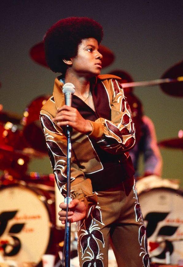 Des photos rares de Michael Jackson exposées à Paris #michaeljackson