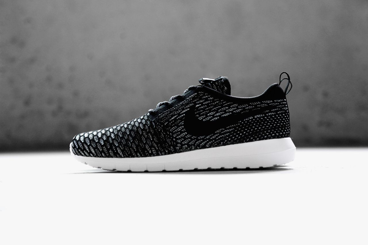 nike air roshe run zwart wit
