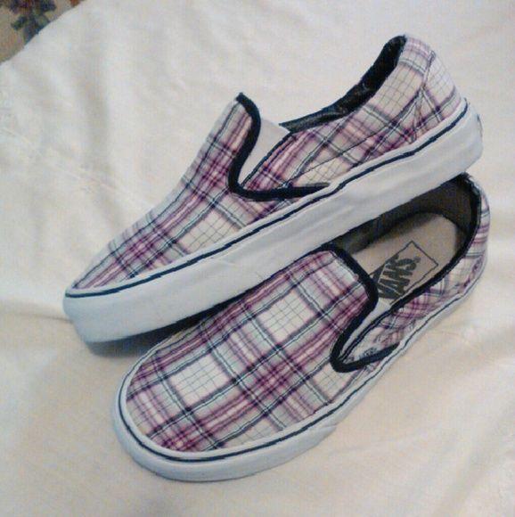 White slip on vans, Vans slip on shoes