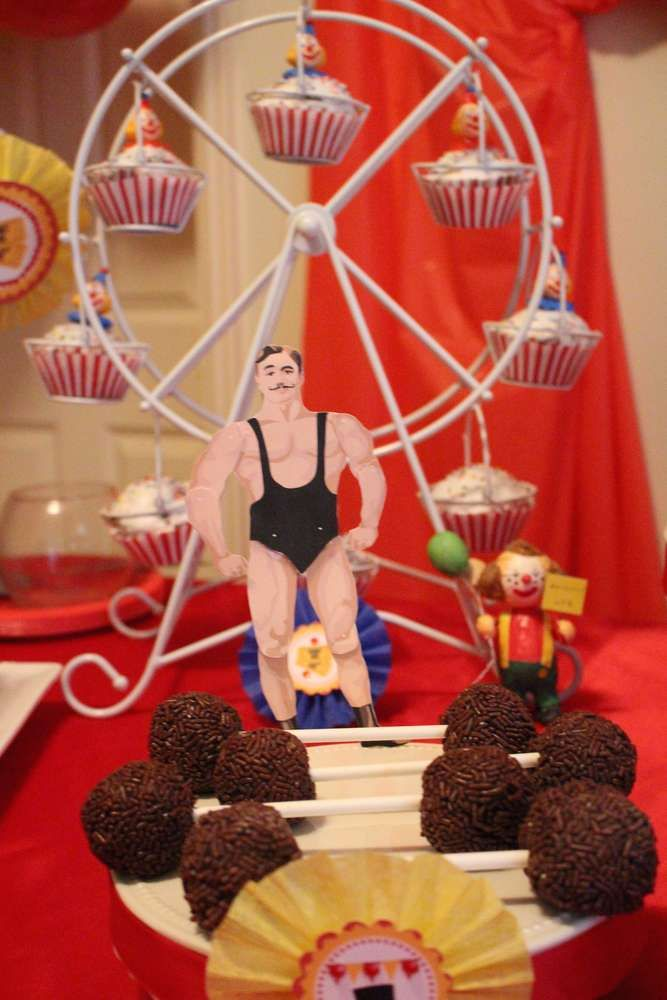 Circus birthday party treats! See more party planning ideas at CatchMyParty.com!