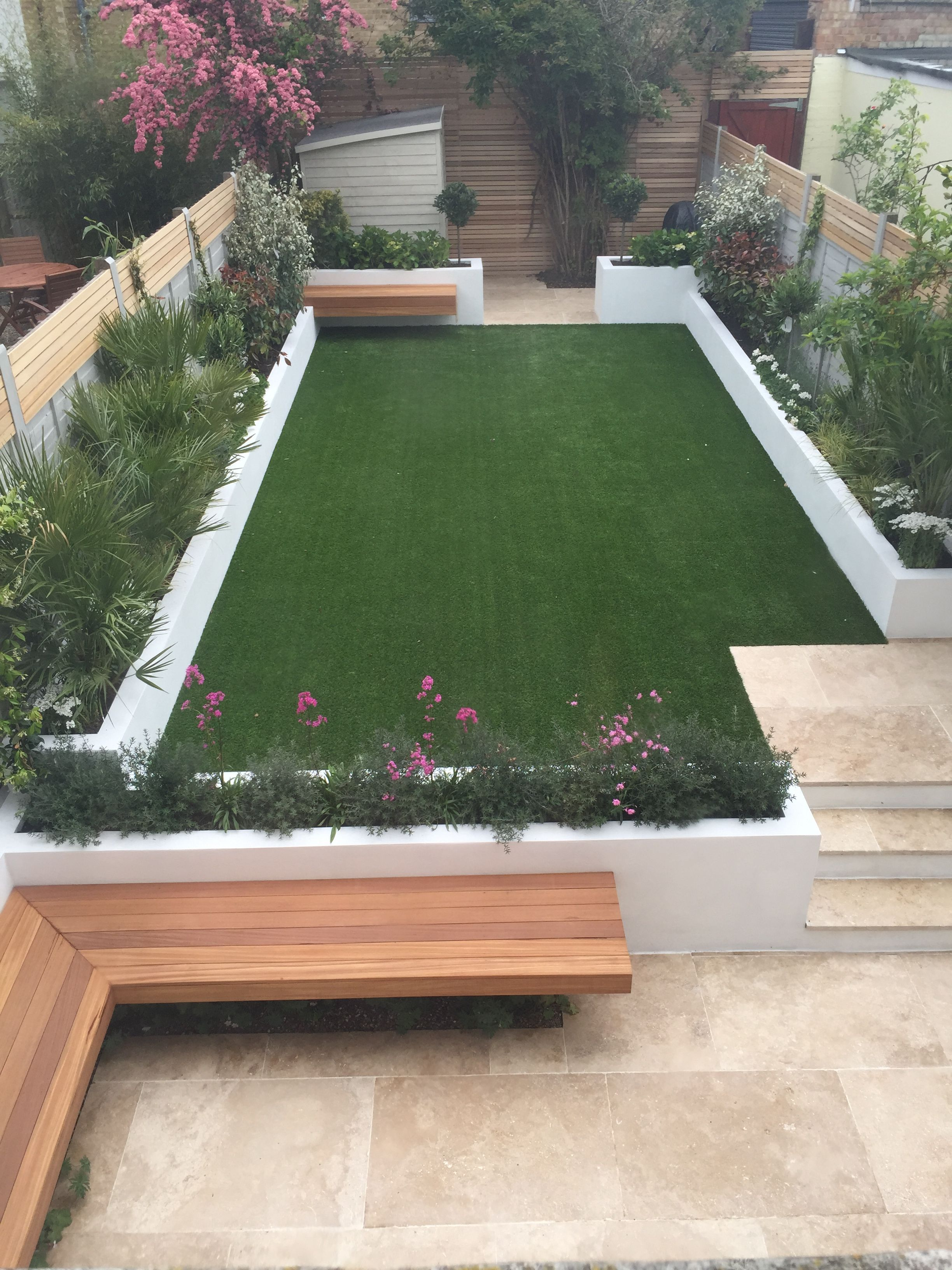 Bobby Chloe Modern Garden Courtyard Gardens Design Small Garden Design