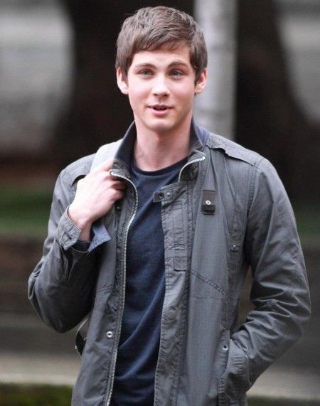 Percy Jackson (Logan Lerman)