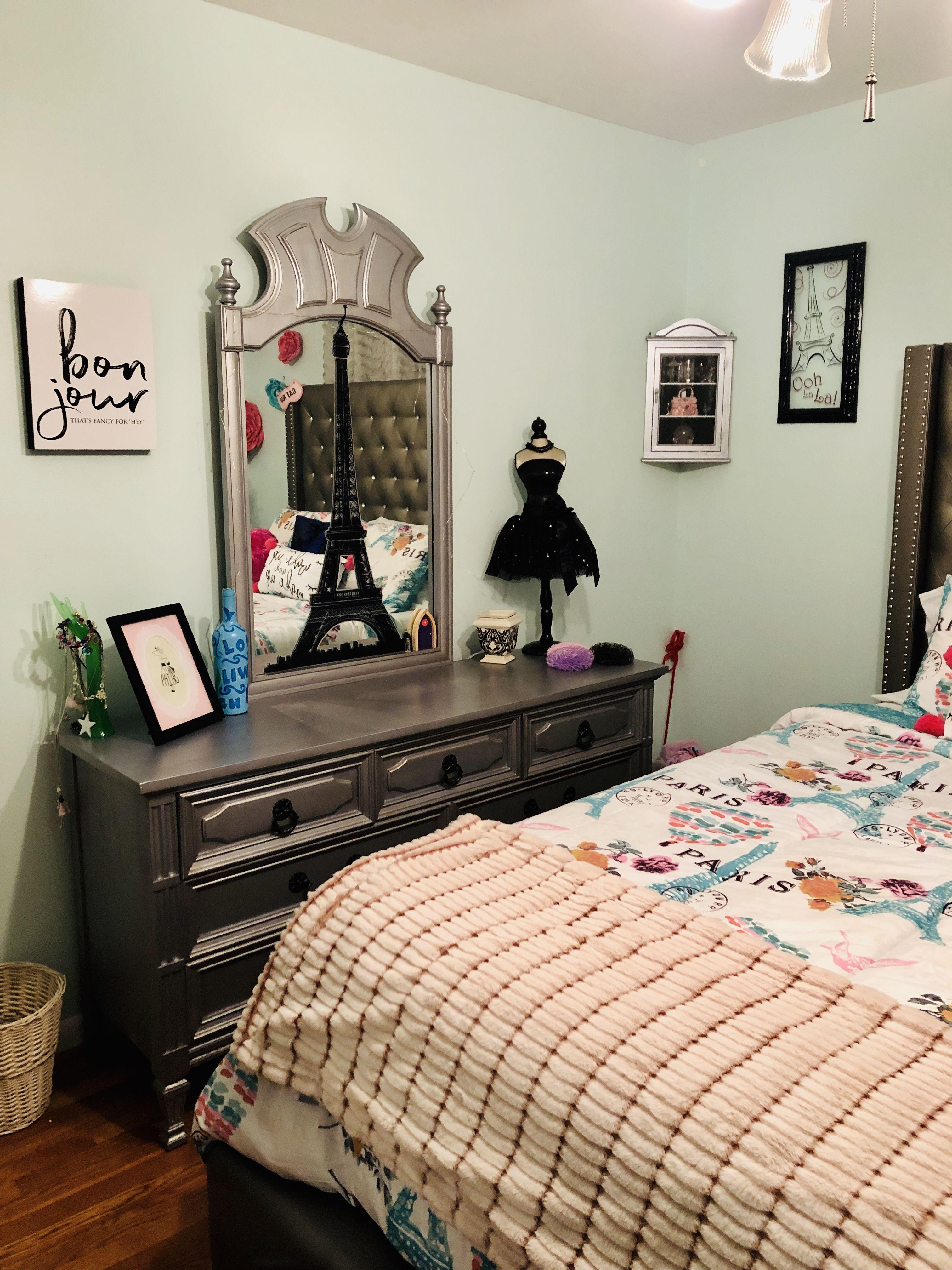 Paris Bedroom Teen | Bailey Cakes | Paris bedroom, Teen bedroom, Bedroom