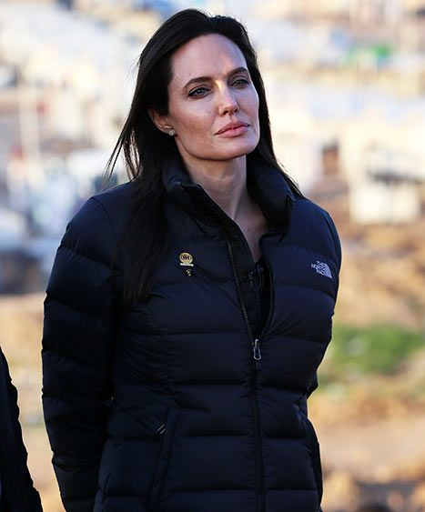 Angelina Jolie Visits Iraq, Meets ISIS Victims in Refugee Camp: Pics - Us Weekly