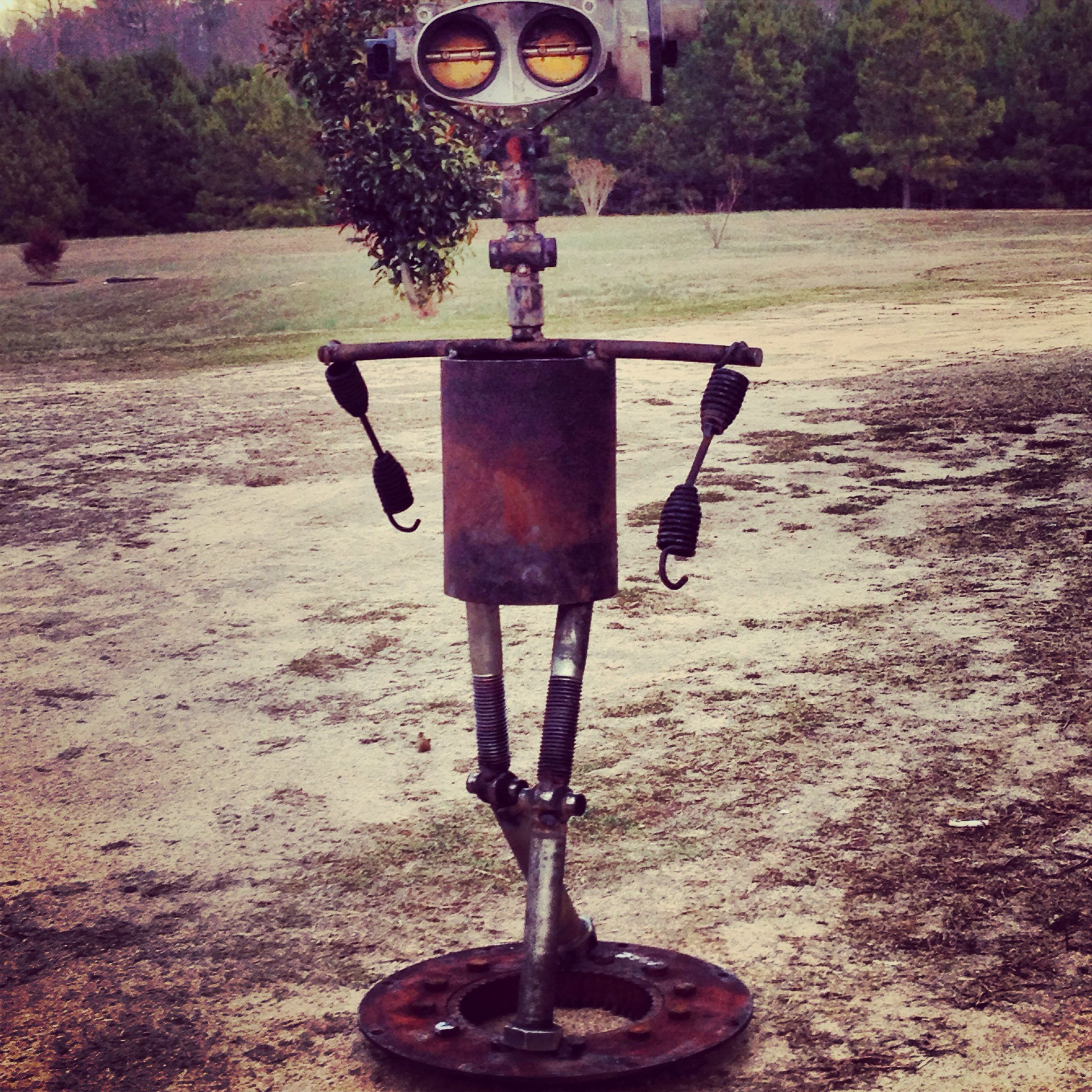 scrap metal yard art diy yard art pinterest yard art