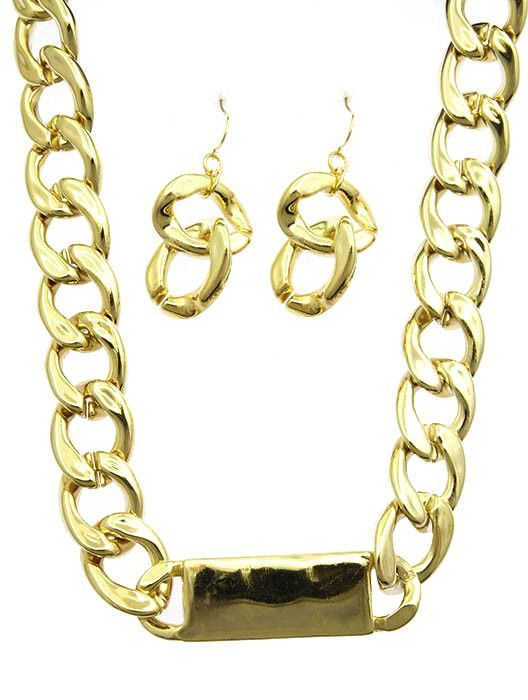 Necklace And Earring Set Chunky Hollow Link Id Chain Toggle Closure Fish Hook 18 Inch Long 34 Inch Drop