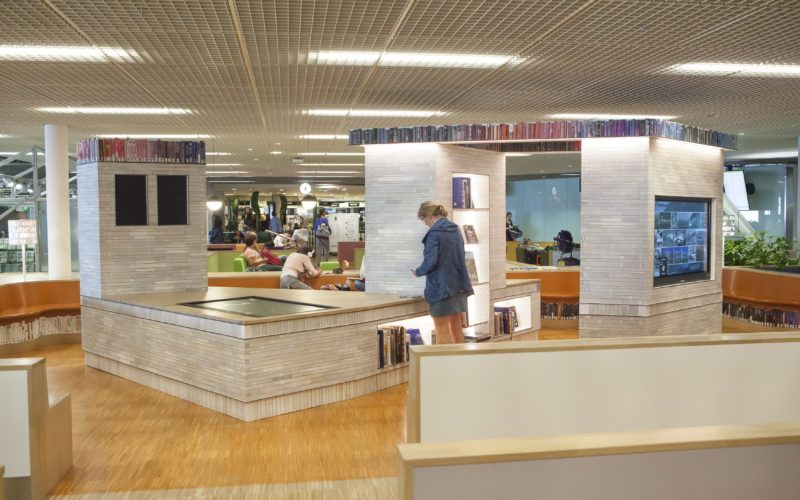 Schiphol airport library with dydell lights #schiphol #verlichting