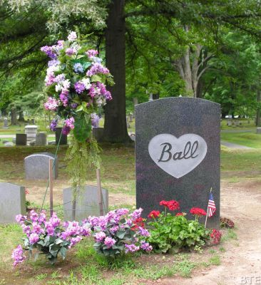 Gave Stone Of Lucille Ball In Lake View Cemetery Jamestown NY Her Ashes Are  Interred In The Hunt Family Plot Click To View Full Size Image